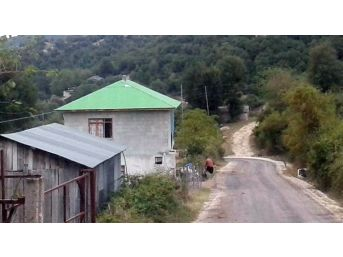 Baz İstasyonundan Kablo Çalan Hırsızlar Köyün Dünyayla İrtibatını Kesti