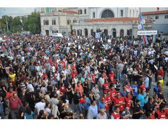 Ankara'daki Patlamada Ölenler İçin Gar'da Anma