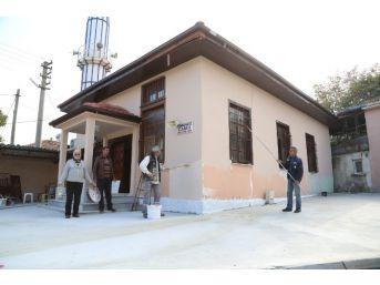 Sapanca Belediyesi'nden Yeni Mahalle Camisine Bakım