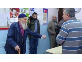 Tbmm Başkanı Yılmaz'ın Oy Kullandığı Sandıktan 'ak Parti' Çıktı