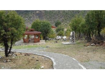 Nemrut Dağı Milli Park Alanında Yapılan Günübirlik Kamp Alanı Tamamlandı