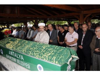 Diyanet İşleri Başkanı Görmez'den Cuma Hutbesinde 'müslümanlık Ve Merhamet' Vurgusu