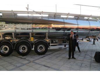 Yeni Nesil Süt Tankeri Kuşadası'nda Sergileniyor