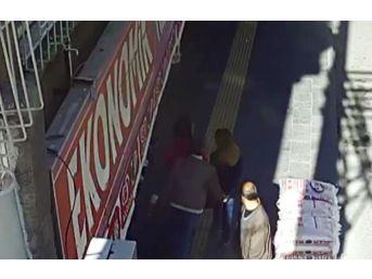 Sapık, Güvenlik Kamerasına Yakalandı