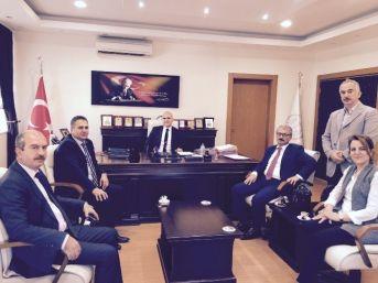 İzmir Baro Başkanı Özcan'dan Ödemiş Adliyesi'ne Ziyaret