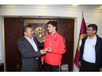Avrupa 3.'sü Çelik'ten Başkan Tutal'a Ziyaret
