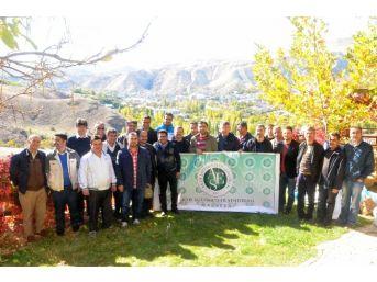 Malatya Aktif Eğitim-sen Üyeleri Doğa Yürüyüşü Yaptı