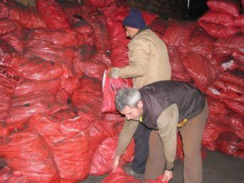 Sorgun'da Dar Gelirli Ailelere Kömür Yardımı