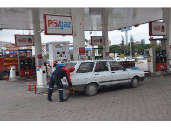 Yozgat'ta Sürücüler Ucuz Lpg'ye Akın Ediyor