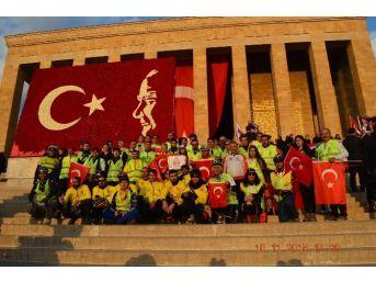 Atatürk İçin Ankara'ya 3 Gün Boyunca Pedal Çevirdiler