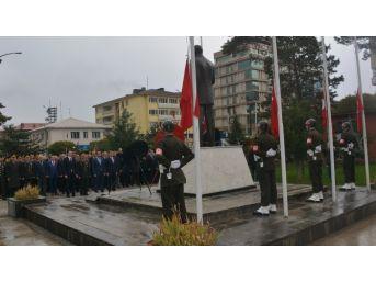 Tatvan'da 10 Kasım Etkinliği