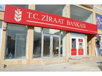 Ziraat Bankası Geçici Hizmet Binasına Taşındı