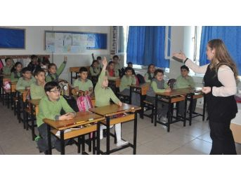 Kuşadası Belediyesi'nden Çocuklara Geri Dönüşüm Eğitimi