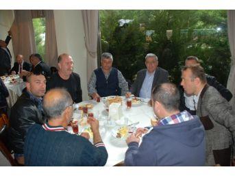 Didim Chp'de Yeni Delegeler Kahvaltıda Buluştu