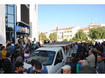 Kuşadası Belediyesi Çalışanına Hüzünlü Veda