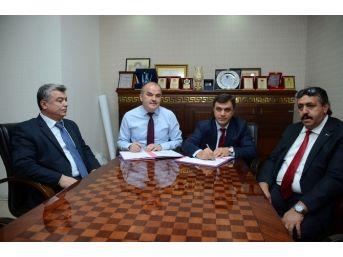 Pamukkale Belediyesi-işkur Ortak Projesinde 50 Kişi İşe Başladı