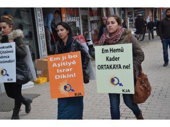 Kadınlardan 'sessiz Çığlık' Eylemi