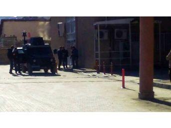 Yüksekova'da Hayatını Kaybeden 2 Kişi Hakkari'ye Getirildi