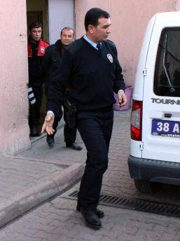 Güvenlikçilerin Bıçaklanması Olayı İle İlgili 1 Kişi Gözaltına Alındı