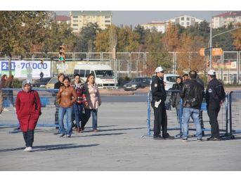 Kayseri'de Görülen Aytaç Baran Davası Öncesinde Geniş Güvenlik Önlemi Alındı