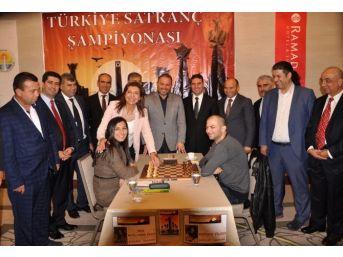 Türkiye Satranç Şampiyonası Adana'da Başladı