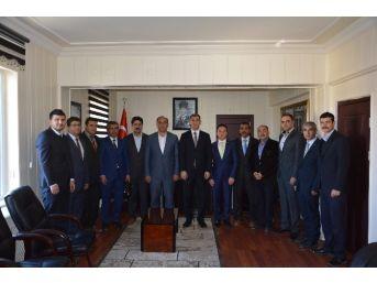 Sendika Temsilcileri Tut Kaymakamı Aksu'yu Ziyaret Etti