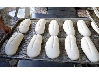 Antalya'da Ekmeğe Zam
