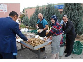 Didim'de Öğretmenlere Balık Ekmek Ziyafeti