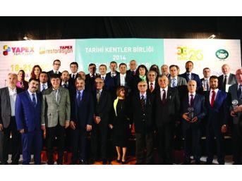 Tarihi Kentler Birliği'nden Kuşadası Belediyesi'ne Ödül