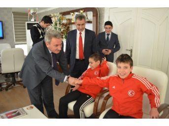 Erzurum Ghsim, Özel Şampiyonları Ağırladı