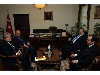 Başbakanlık Uzman Yardımcılarına Tecrübelerini Aktardı