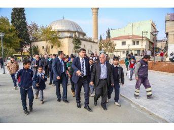 Başkan Fadıloğlu Çıksorut'ta Park Çalışmasını İnceledi