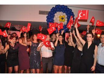 Gaziantep Kolej Vakfı Öğretmenleri Baloda Buluştu