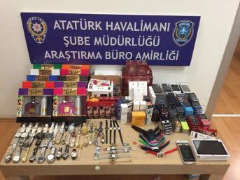 Atatürk Havalimanı'nda Cep Telefonu Kaçakçılığına Polis Engeli