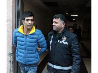 Polis Kaçak Altın Satıcılarını Suçüstü Yakaladı