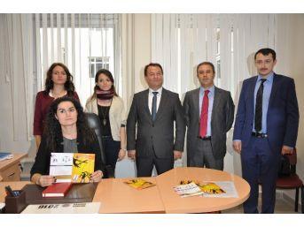 Kadın Ve Çocuk Hakları Merkezi Açıldı