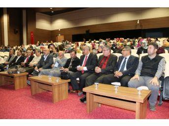 """Nehü'de """"kur'an'a Karşı Tavrımız Nasıl Olmalı?"""" Konulu Konferans Düzenlendi"""