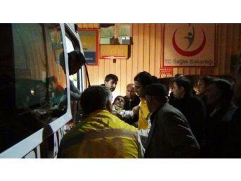 (düzeltme) Erciş'te Otomobil Takla Attı: 5 Ölü, 6 Yaralı