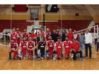 Adana Byz Algomed Spor'da Liderlik Keyfi