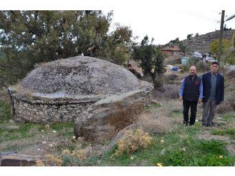 Bozdoğan'daki Tarihi Su Sarnıcı İlgi Görüyor
