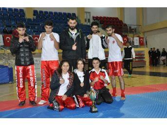 Belediyenin Kick-boksçuları Türkiye 2'ncisi Oldu