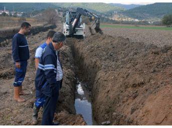 Dibekdere'nin İçme Suyu Hattı Yenilendi