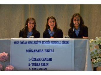 Liseler Arası Münazara Yarışması Yapıldı