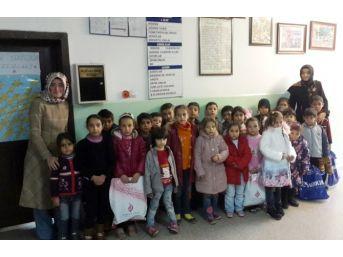Soğuk Kış Günlerinde Suriyeli Çocuklar İçin Anlamlı Kampanya