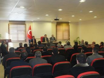 Azdavay Kaymakamı Ali Güner, Din Görevlileri İle Toplantı Düzenledi.