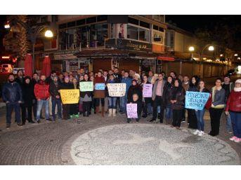 Chp'li Gençler, Bağdat Caddesi'ndeki Tecavüz Olayını Protesto Etti