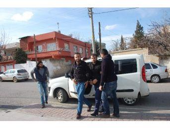 Market Hırsızları Adliye'ye Sevk Edildi