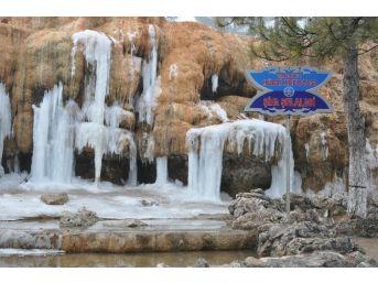 Sandıklı Hüdai Kaplıcaları Yarı Yıl Tatilinde Tamamen Doldu