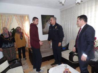 Çan Kaymakamı Kakillioğlu Gazi Polis Adem Orta'yı Ziyaret Etti