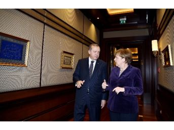 Almanya Başbakanı Merkel Beştepe'de